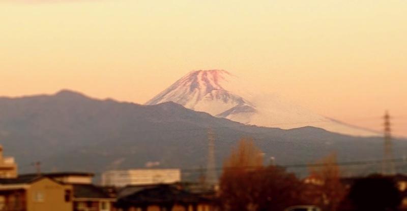 サンライズ出雲からの富士山