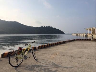 西郷港 自転車