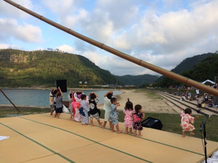 中村保育所園児の踊り